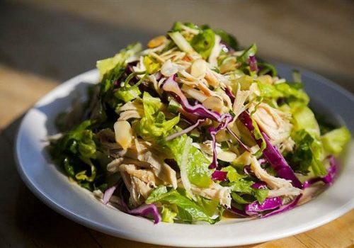 Cách làm món nộm gà bắp cải thơm ngon ăn hoài không chán