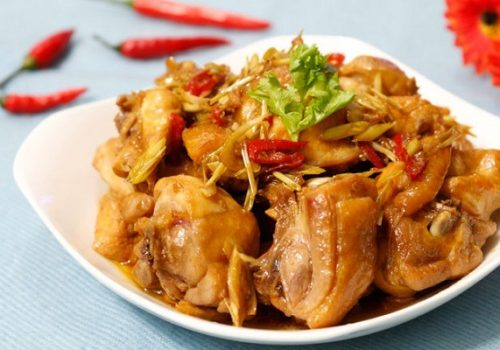 Cách làm món gà xào sả ớt cay cay, thơm ngon tốn cơm ngày lạnh